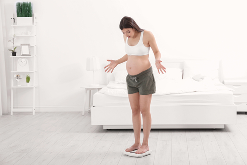 Отек во время беременности – почему и что делать