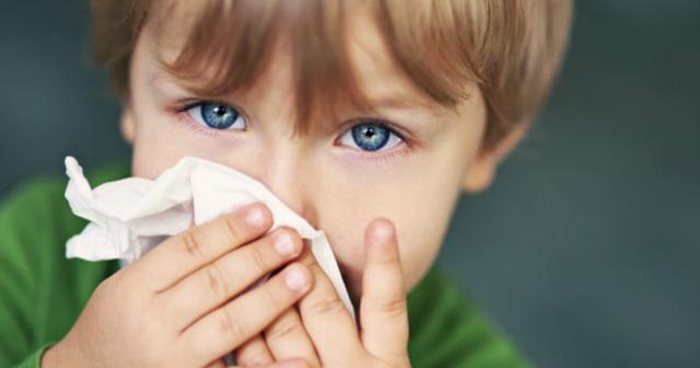 Насморк у маленьких детей – причины и правильное лечение