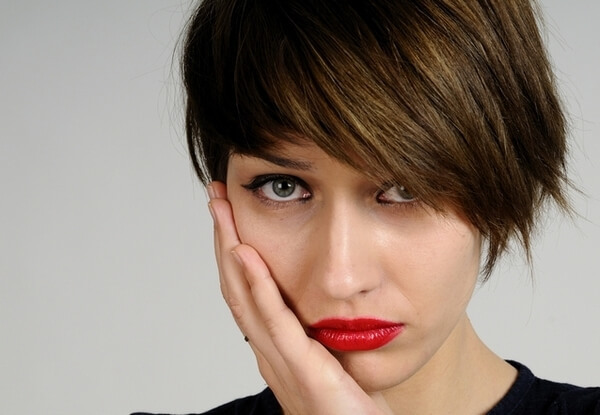 Пухлые и опухшие щеки – причины, как избавиться и как получить?