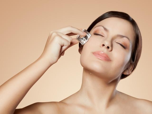 Опухшие глаза – причины и как избавиться в домашних условиях