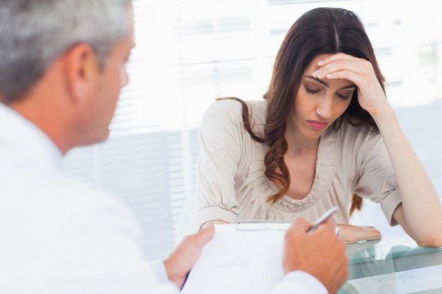 Шишки и прыщи на половых органах у женщин – причины и лечение