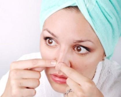 Черные точки на носу – причины и виды лечения