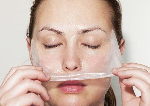 Как быстро избавиться от черных угрей на носу?