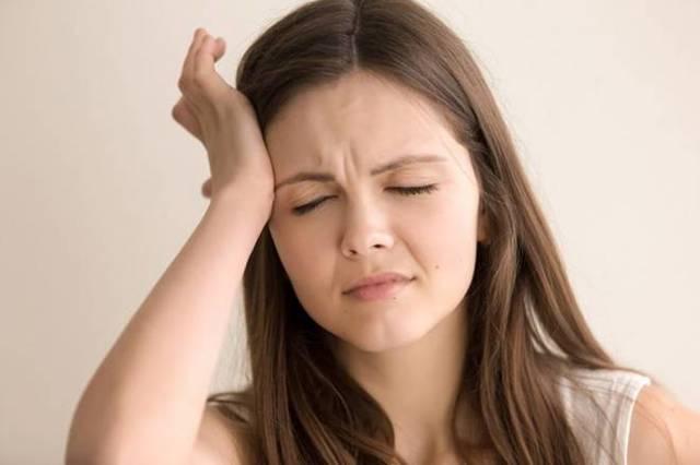 Опоясывающий лишай на голове – фото, симптомы, лечение