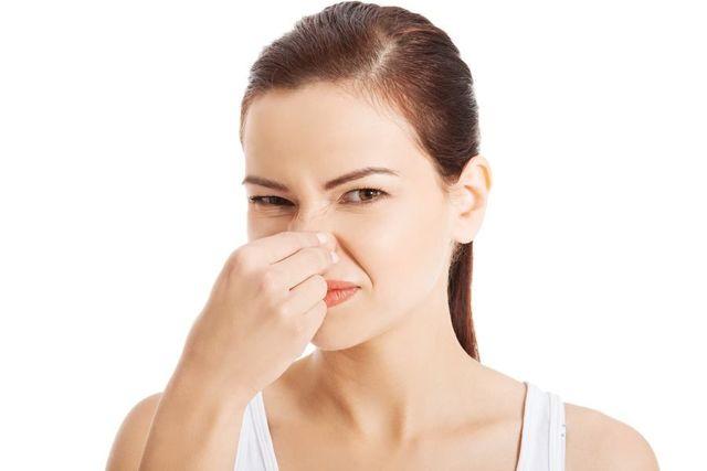 6 причин неприятного запаха тела, о которых вы могли не знать
