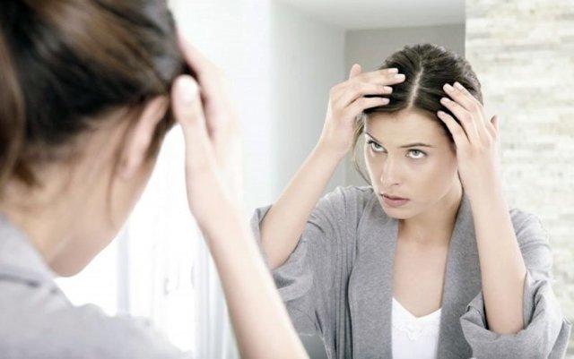Чешется кожа головы – 21 возможная причина и фото
