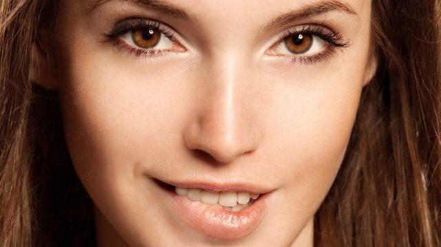 Почему опухла верхняя губа – возможные причины, фото и лечение
