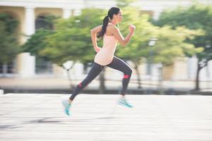 Бег при варикозе: можно ли бегать и как?