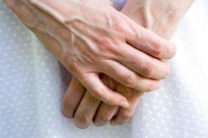 Варикоз на руках (фото): симптомы, причины, лечение