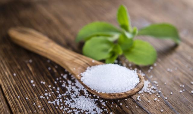 Заменитель сахара для диабетиков 2 и 1 типа: польза и вред, лучшие, натуральные, безопасные, можно ли