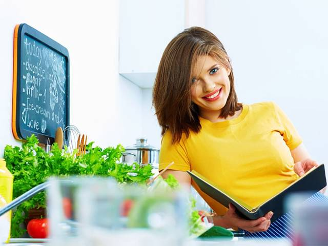 Калорийность продуктов на 100 грамм (полная таблица): готовые блюда, отрицательная калорийность, как рассчитать