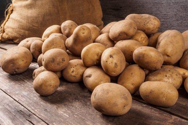 Картофель при диабете сахарном 1 и 2 типа: можно ли печеный, вареный, сырой, сок, в мундире, пюре