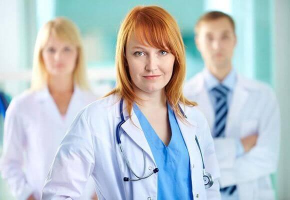 Какой врач лечит варикоз: флеболог, хирург, ангиолог, терапевт
